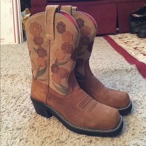 ARIAT FLOWER CUTOUT SUEDE LEATHER COWBOY BOOTS NEW